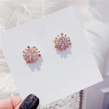 2020 neue mode Koreanische süße Frauen ohrringe joker vertraglich feine kristall blumen shiny Stud ohrringe