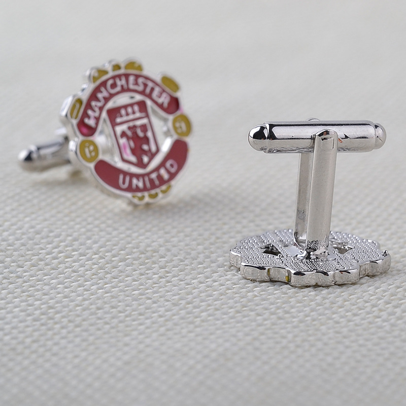 Europe And The United States Manchester United Football Team Logo Cufflinks Men's Business Wild Hot Sale Sleeves