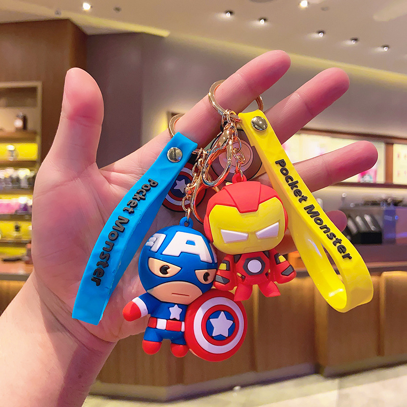Disney Marvel Avengers Cute Keychain Cartoon Iron Man Hulk Captain America Car Key Chain Kids Bag Pendant Keyring Friends Gift