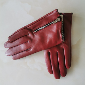 Image 4 - Pure Sheepskin Genuine Leather Woman Gloves Short Style Red With Zipper European Version French Elegance Female Mittens TB84