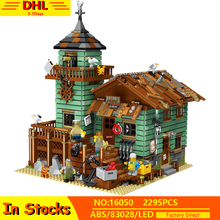 in stock 2133 pcs lepin 15002 cafe corner 15019 4002pcs assembly square model building kits toys moc legoinglys 102555 10182 IN STOCK Lepinblocks 16050 Old Fishing House Pier MOC Kits Old Finishing Store Set Building Blocks Compatible 83028 21310 Toys