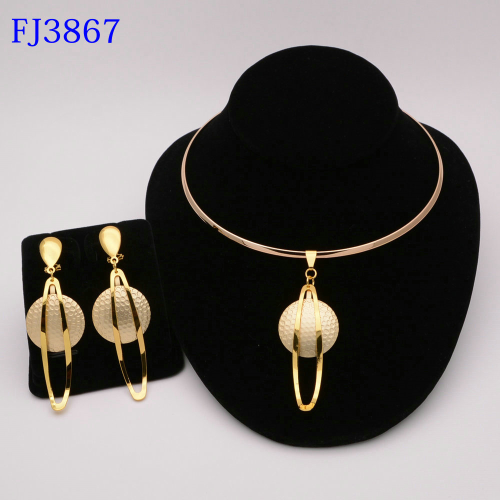 Fashion Nigerian Woman Wedding African Beads Jewelry Set Gold Color Fashion Dubai Gold Color Bridal Gift