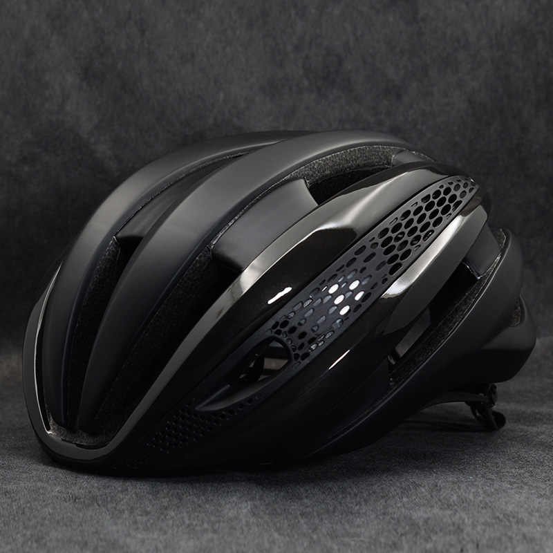 Man Bike mtb Helmet Overall Molded Mountain Road Helmet brand Bicycle woman Cycling Helmet DH AM casco ciclismo bicicleta