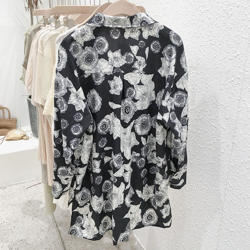 Mooirue Vintage Floral Prined Blusas Mujer Women Long Sleeve Harajuku Irregular Tops Loose Casual Korean Style Cardigan Blouse in Blouses amp Shirts from Women 39 s Clothing