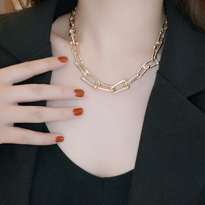 Simple temperament necklace female clavicle chain niche hip hop personality fashion metal chain neck chain male XL040