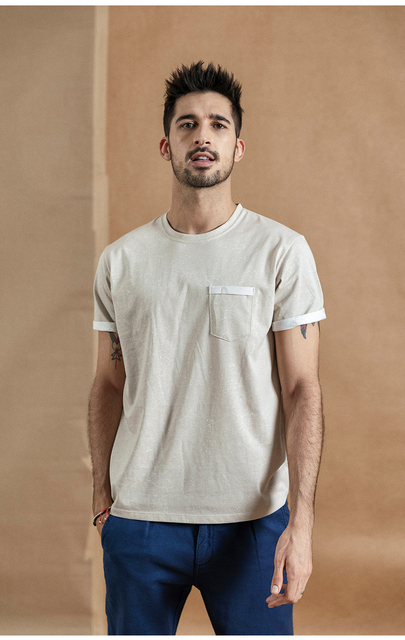 Summer T-Shirt with layered chest pocket