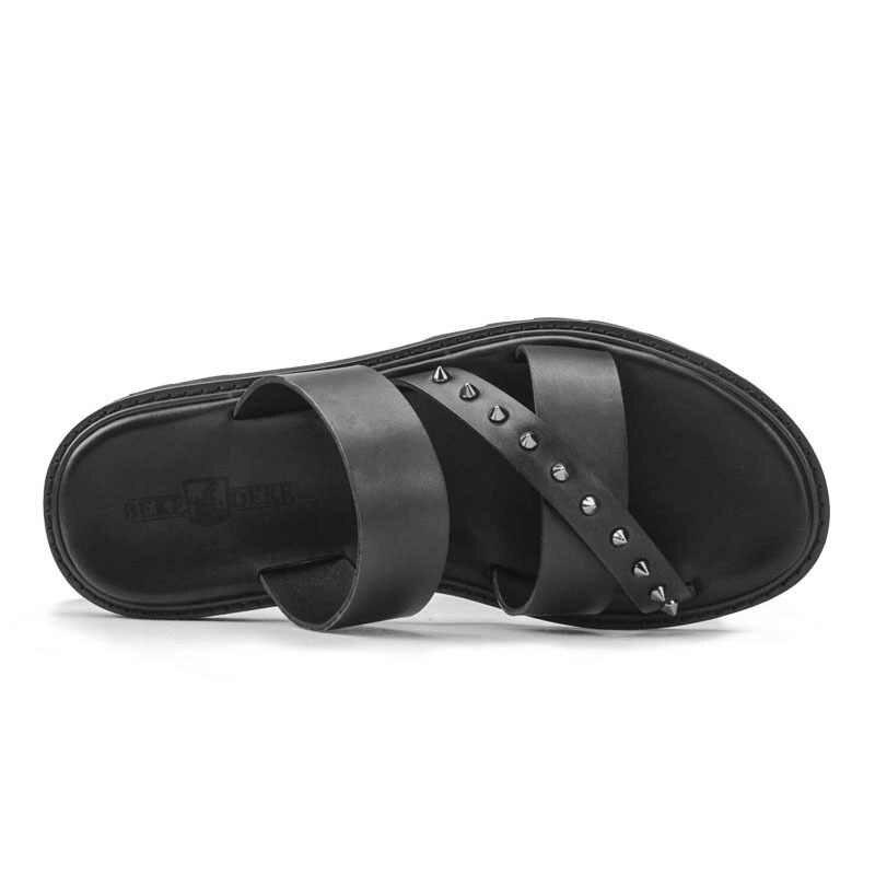 Moda lato oryginalne skórzane sandały na plażę mężczyźni przeciwpoślizgowe oddychające platformy nit kapcie marki męskie obuwie klapki