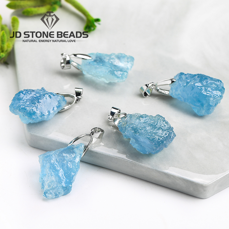 1pc Natural Aquamarine Raw Stone Pendant Energy Original Stone Fashion Jewelry For Men Women DIY Necklace gift