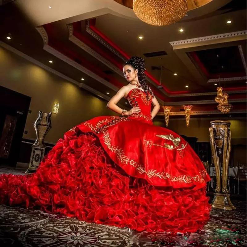 Red Satin Ball Gowns Embroidery Quinceanera Dresses With Beads Sweet 16 Dresses 15 Year Prom Gowns vestido de 15 nos