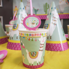 цена Llama Party Decorations Llama Alpaca Paper Plates/Cups/Napkins/Straw Kids Birthday Party Decor Supplies онлайн в 2017 году