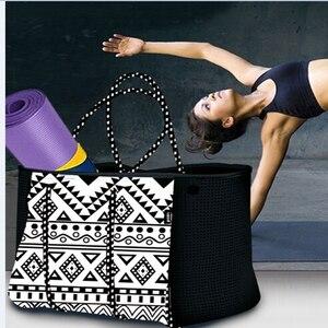 Image 4 - 2020 femmes sac de plage impression sac à main néoprène mode trapèze fourre tout sacs de messager femmes sac à bandoulière concepteur yoga sac