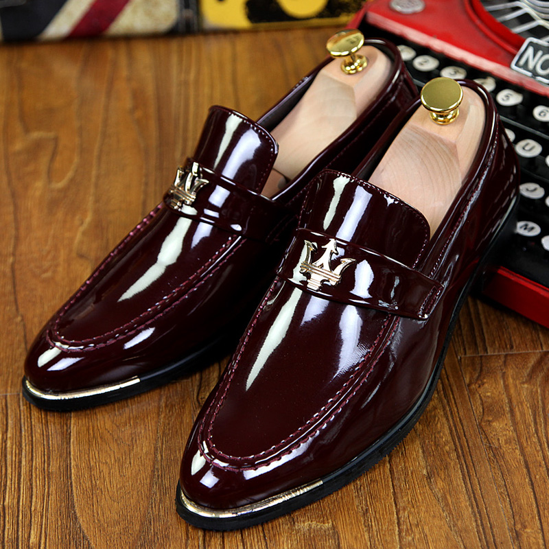 Men's Trendy Pointed Patent Leather Oxfords Shoes Homecoming Dress Shoes Italy Style Man Wedding Shoes Zapatos Hombre Vestir