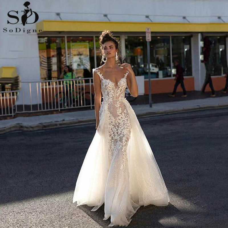 Sexy Backless Mermaid Wedding Dresses With Detachable Train V Neck Lace Applique Ivory Wedding Gowns Boho Bridal Dress