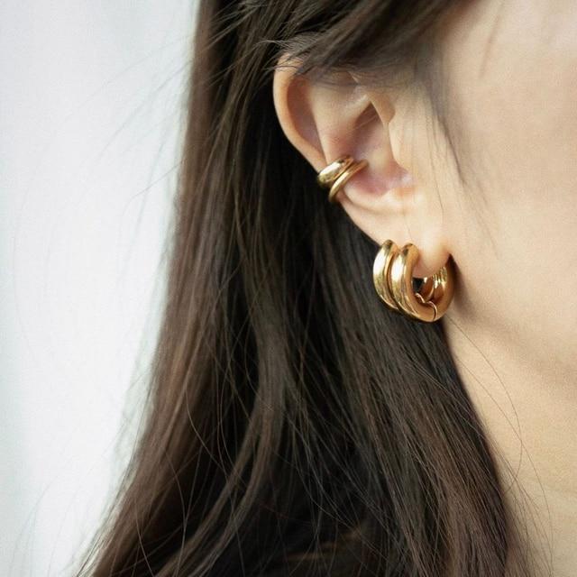 golden geometric earrings 3