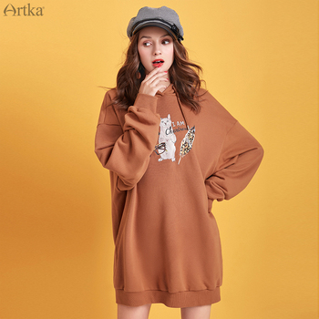 ARTKA 2019 Autumn New Women Sweatshirt Long Fashion Cartoon Print Sweatshirt Casual Hooded Pullover Oversize Sweatshirt VA15191Q artka 2019 autumn new women sweatshirt 100% cotton fashion print hoodie sweatshirt o neck pullover casual hoodies women va10399q