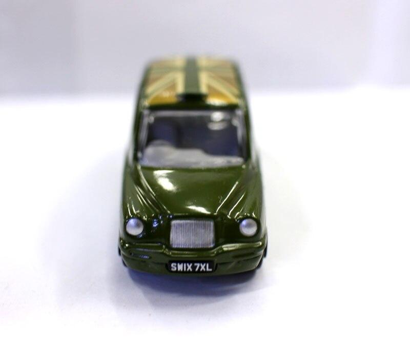 metal fundido simulação modelo carros brinquedos