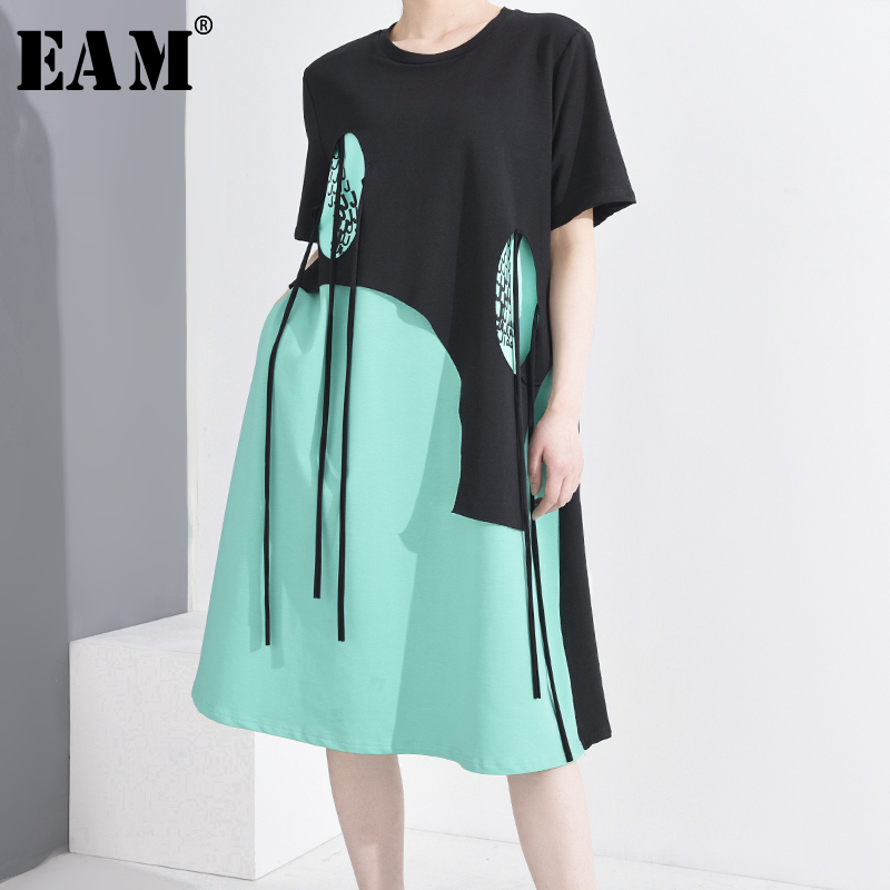 [EAM] Women Green Irregular Tassels Big Size Dress New Round Neck Short Sleeve Loose Fit Fashion Tide Spring Summer 20201T78206