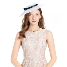 цена Early spring new fashion mesh gauze fedora hat British retro lady royal banquet headdress Kentucky Jockey Club fascinator hats