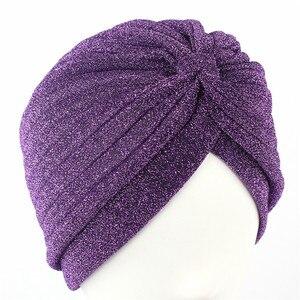 Image 4 - Helisopus 골드 반짝 이는 Turban 여성 레드 그린 스트레치 부드러운 밝은 모자 인도 이슬람 얇은 Hijab 머리 랩 헤어 액세서리