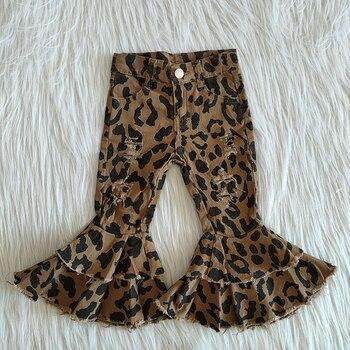 Venta al por mayor de pantalones de mezclilla para niñas, pantalones cortos de campana para niños, Boutique con agujeros de moda, pantalones vaqueros de leopardo para niños pequeños, pantalones blanqueados