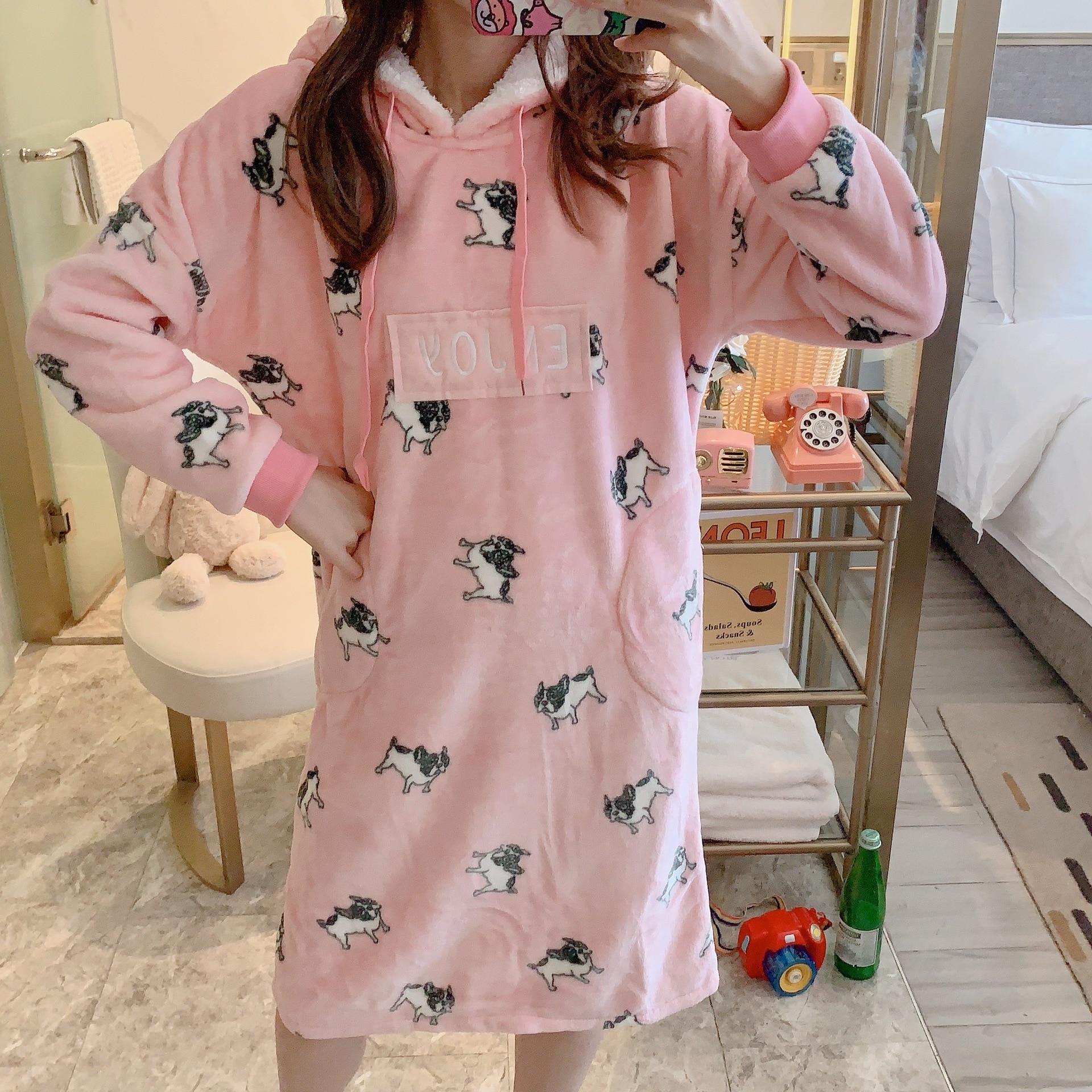 Фланелевая женская ночная рубашка для отдыха с героями мультфильмов; сезон осень зима; халат с милыми животными; женское плотное теплое пла