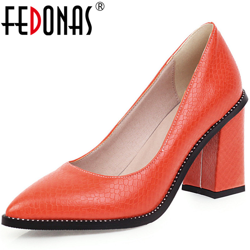 FEDONAS Top Quality Point Toe Women Rivets Line Pumps Supper High Heeled Wedding Party Shoes Spring Summer New 2020 Shoes Woman
