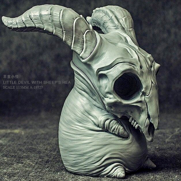 Resin Kits CREEPYHILL Sheep Head Fat Little Monster GK Resin Model Self-assembled (10-15CM) A-19727