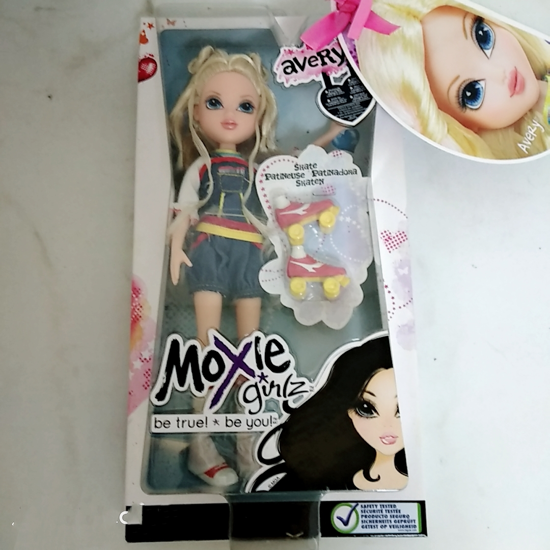 30cm  Original box moxie doll Makeup and Dressup doll girl's Best gift