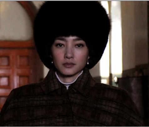 2019 Новый стиль осень-зима Для женщин элегантный Теплая дутая куртка с искусственным норковым, меховые шапки-бомберы женский Повседневное элегантная люксовая модель; лисий мех; Шапки V652