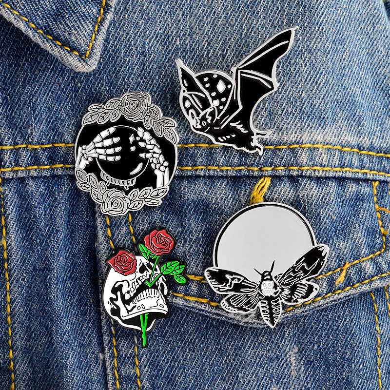 Punk Hewan Pin Emas dan Perak Ngengat Wanita Wajah Bat Bros Bunga Tengkorak Tas Pakaian Kerah Enamel Pin Lencana Gothic perhiasan Hadiah