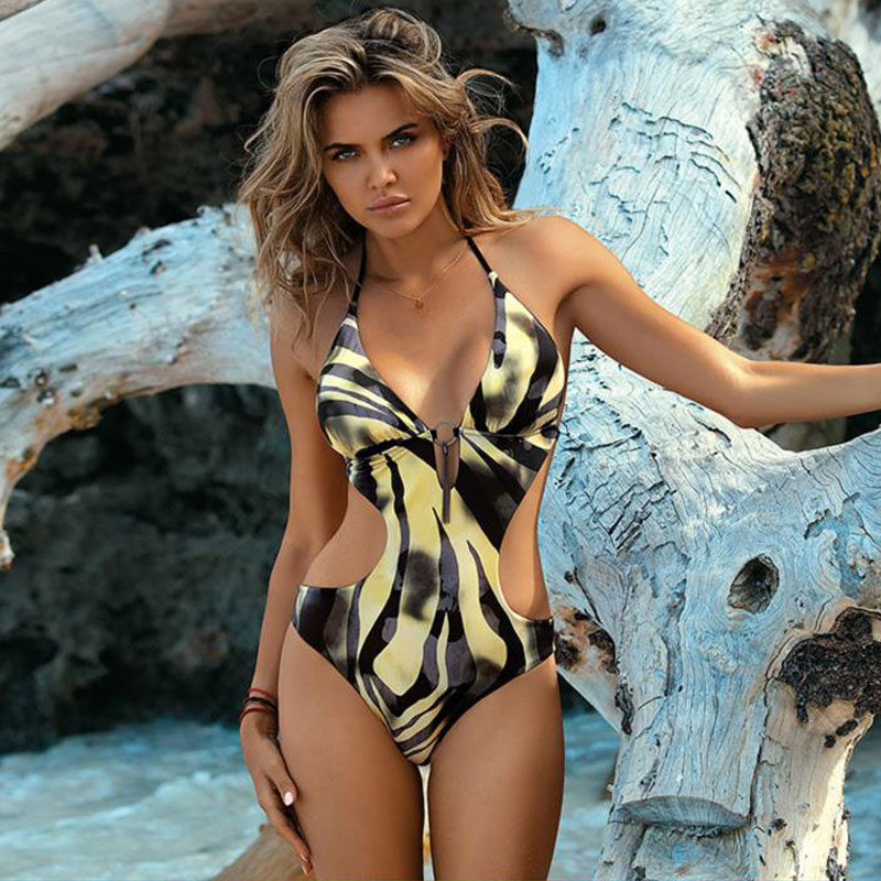 Sexy Thong One Piece Swimsuit 2019 Plus Size Swimwear Women Pearl Pendant Bathing Suit Swim Wear Beach Party Sunbathing Summer in Body Suits from Sports Entertainment