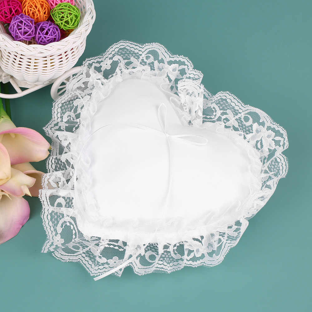 Wedding Decoration White Lace Satin Heart Wedding Ring Bearer Pillow Wedding Ceremony Wedding Decor Accessories Supplies