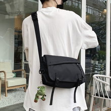 Fashion Sport Men Shoulder Bag Nylon Large Capacity Waterproof Shoulder Bag Korean School Bolsos Hombre Crossbody Bag DE50NDJ