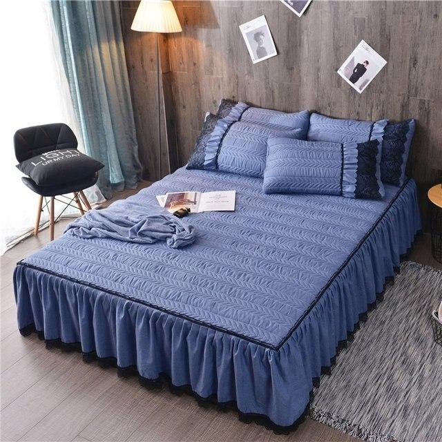 ヨーロッパの高級ベッドカバーと 2 個枕厚い綿スカートレースエッジツインクイーンキングサイズ寝具セット非スリップ