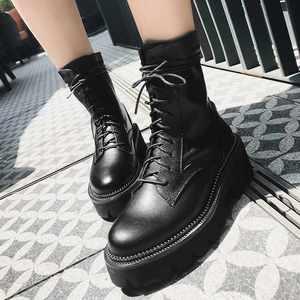 Image 5 - Krazing Pot sıcak kalın alt perçinler hakiki deri çizmeler yuvarlak ayak dantel kadar kampüs kadın kış düz moda yarım çizmeler L1f1
