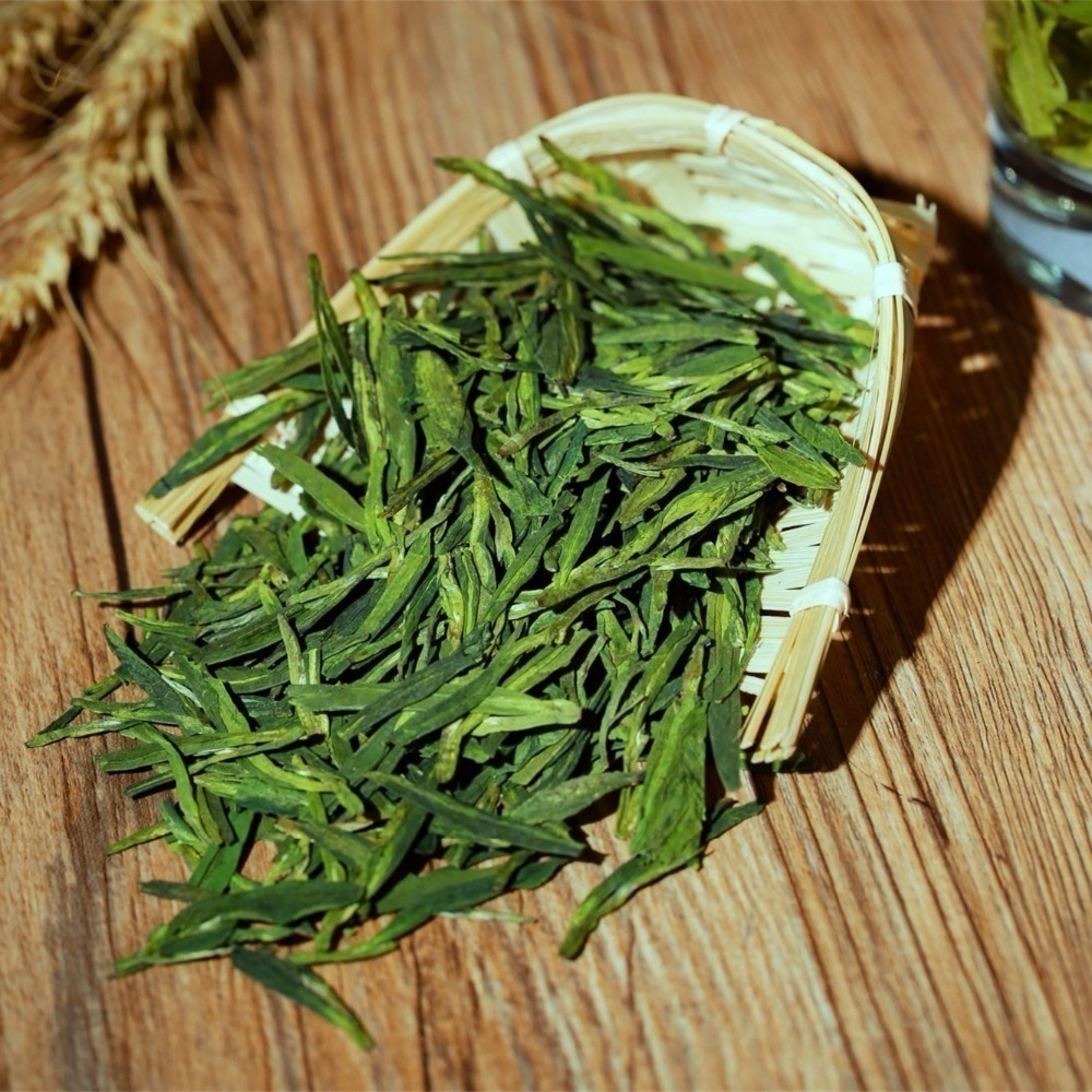 Famous Good quality Dragon Well Spring Green Tea Dragon Well tea for health care Tender Aroma Free Shipping 1