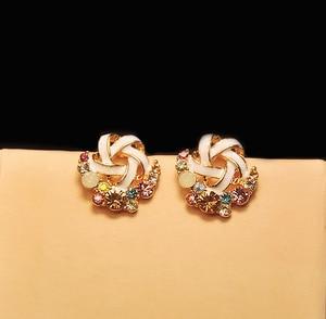 Image 3 - Pendientes de diamantes de imitación coloridos, moda coreana, temperamento de señora, banquete de boda, exquisito regalo de joyería al por mayor