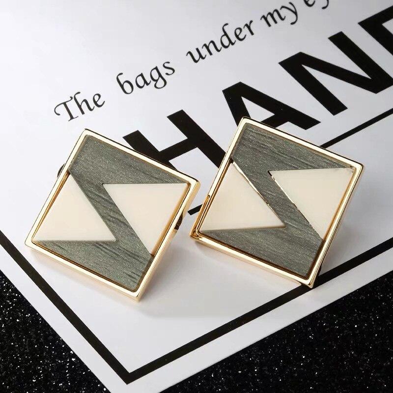 The New 2019 Contracted Design Women Hanging Earrings Earrings Acetate Geometrical Irregular Polygon