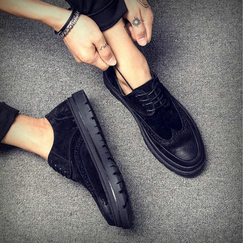 Brand Fashion Mens Flats Shoes Casual British Style oxfords Business Shoes Men Dress suede Brogue Party Formal Shoes 2021 hjn6