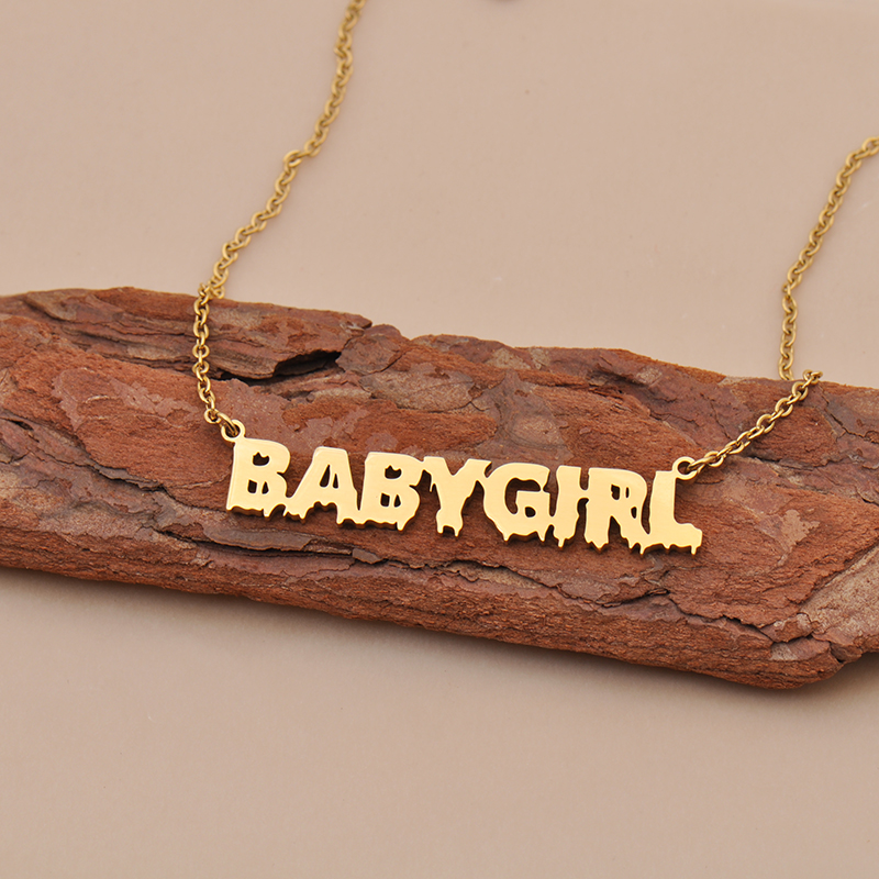 name necklace 1