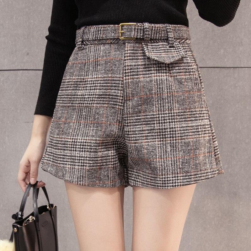 2019 Autumn Winter Vintage Woolen Shorts Women High Waist WIde Leg Shorts With Elegant Plus Size Plaid Short Pants Femme