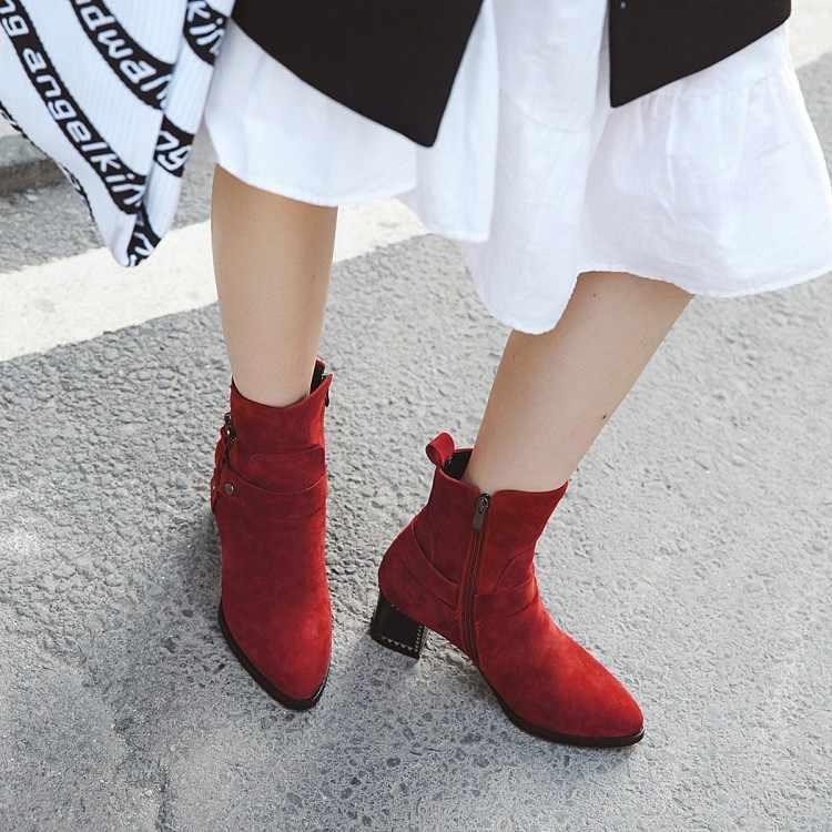 Büyük Boy 9 10 11 12 çizmeler kadın ayakkabıları yarım çizmeler kadınlar için bayan bot ayakkabı kadın kış Kemer tokası metal trim