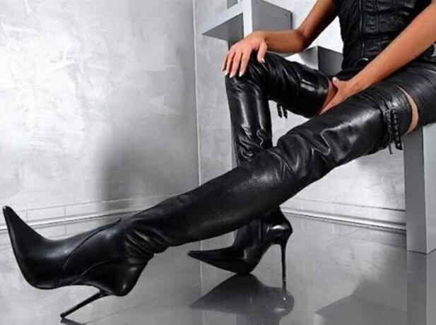 Ucuz kadın siyah tokaları dekorasyon sivri burun Stiletto topuklu uyluk diz çizmeler üzerinde gece kulübü büyük boy 47 ince uzun çizmeler