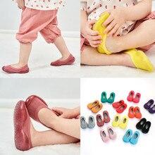 Носки для новорожденных; однотонные носки на резиновой подошве для маленьких девочек; носки-тапочки для детей; мягкие Нескользящие От 6 месяцев до 6 лет