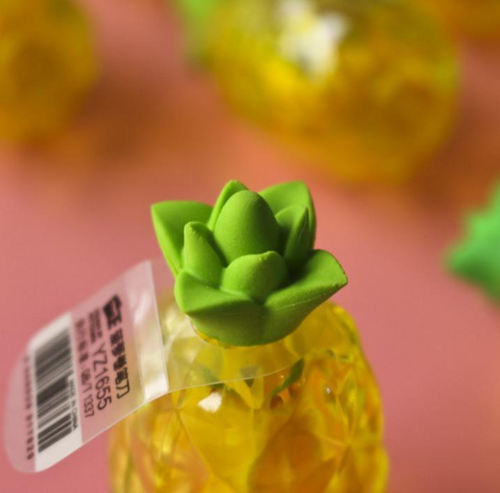 Купить с кэшбэком 1 Pcs Cute Creative Fruit Pineapple Plastic Pencil Sharpener with Eraser School Supplies Plastic Cutter Knife