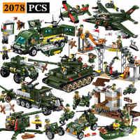 Éclairer les blocs de construction éducatifs militaires jouets pour enfants cadeaux armée Jeep Moto pistolet guerre mondiale héros arme réservoir pistolet