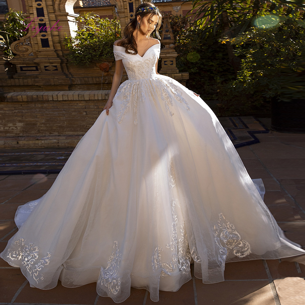 Liyuke 2019 Elegant Wedding Dress Ball Gown Lace Beading Appliques Sequined Off-the-shoulder Backless Customized Royal Train