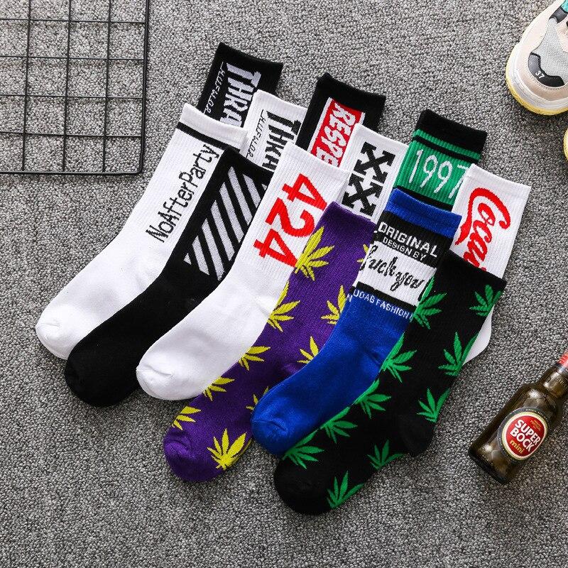Tide Socks Men's Tide Brand Street Maple Leaf Middle Tube Stockings Cotton Hip-hop Personalized Sports Basketball Socks