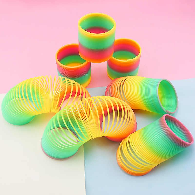 Bambini Arcobaleno Cerchio Giocattoli in Anticipo di Sviluppo Giocattoli Educativi Pieghevole Molla Elicoidale di Plastica Per Bambini Creativi Giocattoli Magici