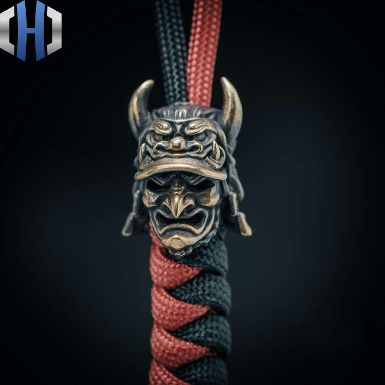 Original Japanese Eagle-nosed Samurai Knife Beads Hat Helmet Outdoor EDC Umbrella Rope Pendant Keychain Survival Paracord Beads